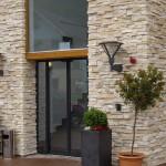 Fotogalerie dekorativní obklady pro vchody a vstupy, fasády pro hotely a penziony