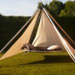 Luxusní závěsné postele ve wellness a spa, na zahradu, k bazénu i do interiéru