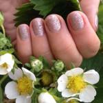 Zdravé a krásné nehty nebo rychlá krása s riziky?