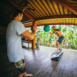 Hotel-Komune-Bali-Surfset-F