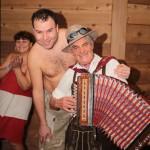 Proč chodí muži do sauny? Oblíbenost saunování roste,  muži ve wellness jsou vidět stále častěji.