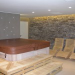 umělý kámen ve wellness interieru