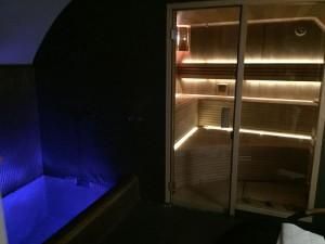 sauna doma osvetleni do sauny