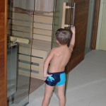jak naučit děti saunovat? Děti v sauně prospívají.