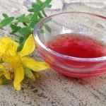 Třezalkokvý olej - léčí kůži i duši
