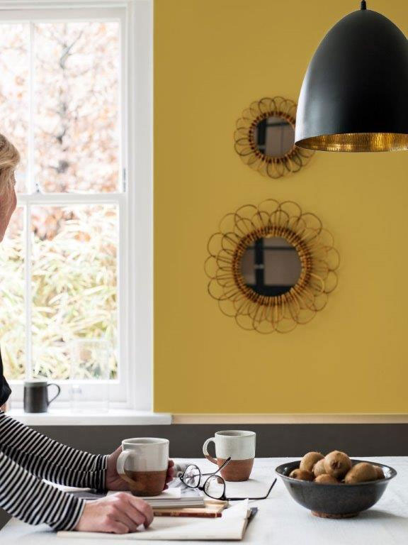 zlata v interieru wellness spa dulux barva  (5)