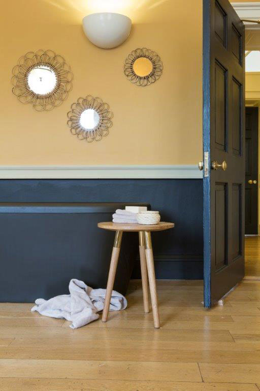 zlata v interieru wellness spa dulux barva  (8)