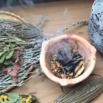 Vykuřovadla - přírodní aromaterapie pro prostor,  jak vykuřovat a využívat vykuřování?