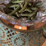 Jak si provonět domov bylinkami - domácí vykuřování a vonné dýmy